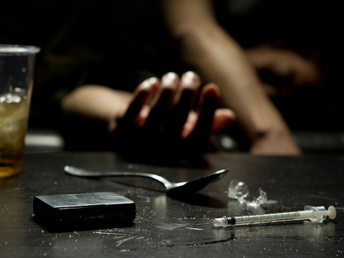 is_150129_heroin_overdose_drugs_800x600